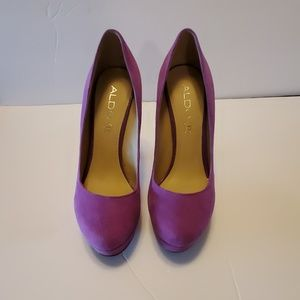 Aldo purple suede  heels / platform pumps